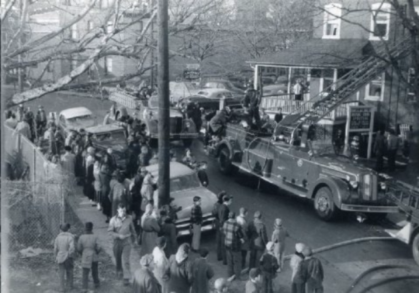 1949 Seagrave Ladder